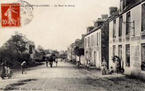 Le haut du bourg vers 1900